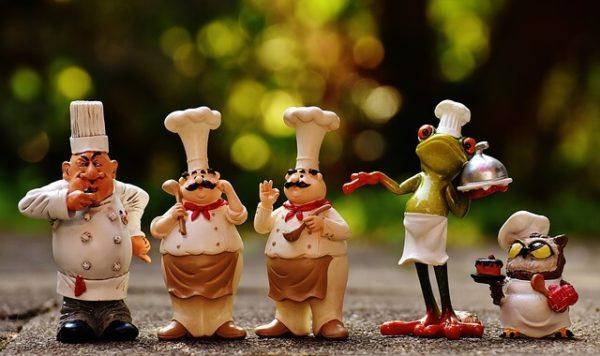 シェフや料理研究家とコラボ