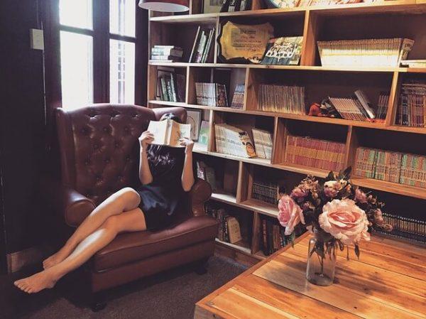 女性は感覚的、飛ばし読みをする